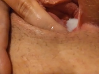 Ftm creams and dildo fucks pussy