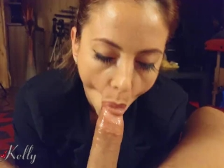 Seductively WetKelly loves to fuck and receive a big cum on pussy