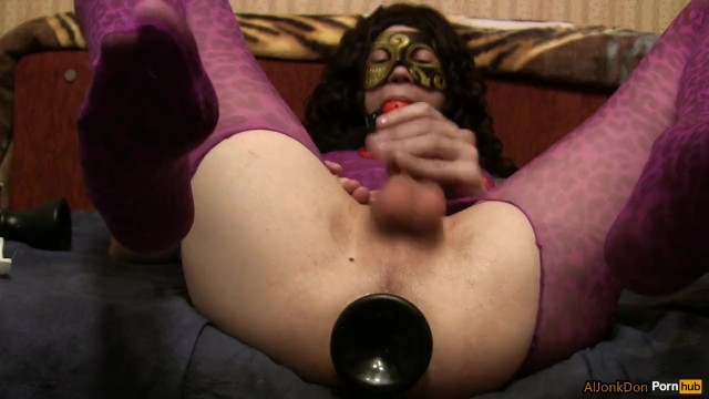 Ts-girl, fisting yourself with big toys with a gag 4