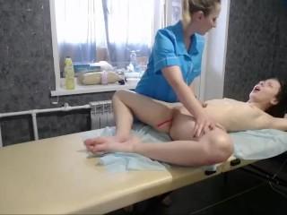 Sexy_B0rsch at massage session