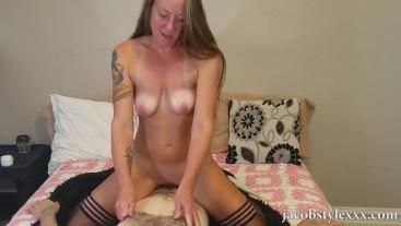 MILF porno plné video