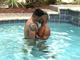 Black Dude Fucks Latino Boy In Pool & Sucks Cock Under Water