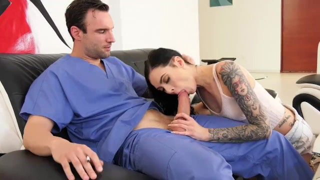 Marley Brinx Distracts Her Stepbrother 13