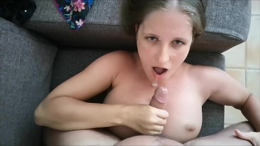 Sexy Jennifer Sucking Big Dick