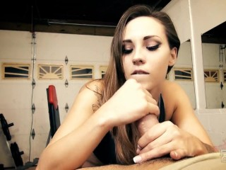 Sasha Foxxx slow edging gym handjob