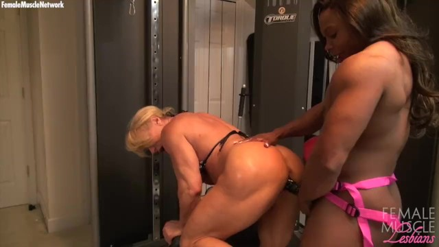 Bodybuilding nake female Naked female bodybuilders fuck with a dildo