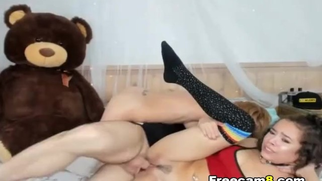 Two Naughty Babe Share on One Cock 7