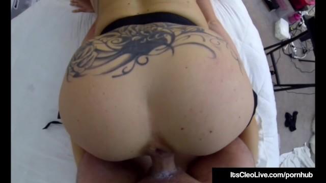 Cam Cutie Its Cleo & Annie Knight Strap On Fuck In 3Way! 18