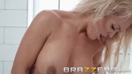 Brazzers - Dirty milf Rebecca Jane sucks young cock in the shower