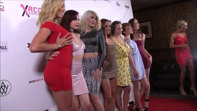 Red carpet tit accident - Xrco awards 2018 red carpet part 2