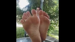 Dirty feet fetish