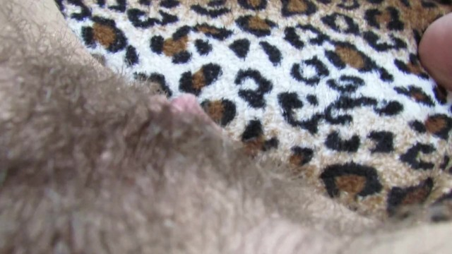 Extreme hairy big clit pussy cumming with hitachi 38