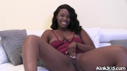 Sexy Ebony Mia Banxxx wants all of your money