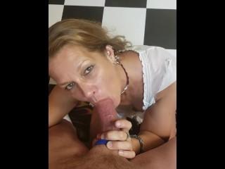My mature girlfriend Daizy loves to deepthroat cock