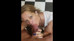 My mature girlfriend Daizy loves to deepthroat cock