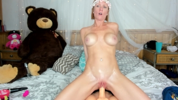 SHAVED PUSSY REDHEAD MILF TAKES MASSIVE COCK CUCKOLD LIVE