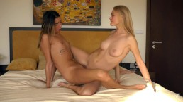 young lesbian in tender love sex tribbing