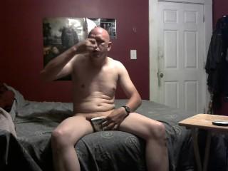 piggy eating ice cream before it freezes his balls 7/7/18