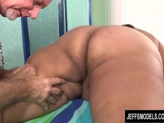 A Sex Crazed Masseur Gives a Dirty Rubdown to Fabulously Fat Veruca Darling