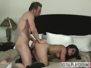 Arianna jolie licking ass