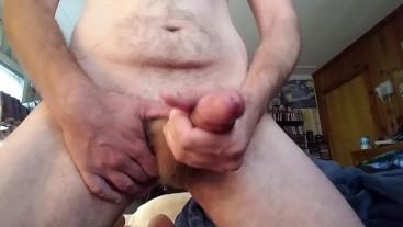 Huge cumshot after oiling and stroking