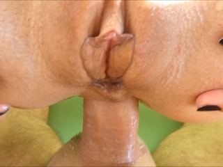 Milf getting porked at both ends