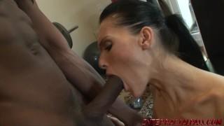 Hot wife Jennifer Dark goes dark for big black cock
