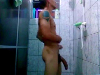 Spy cam , Military take a shower and his cock is very big