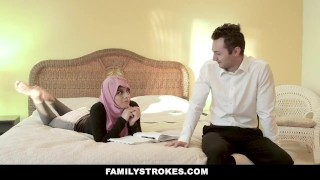 Fat cock chick in busty hijab familystrokes rides knox big