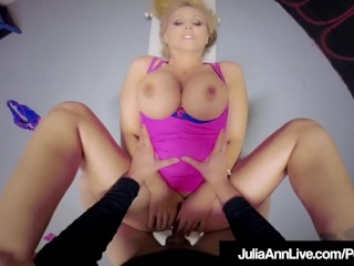 Scortching hot Mommy Julia Ann Will get Mature Cunt Fucked & Cummed On!