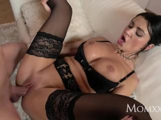 MOM Milf Intercourse Goddess's squirting orgasm