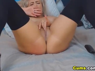 Blonde Curvy Chick Intensely Plays Her Pussy