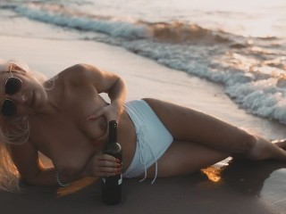 First day in Paradise. Deepthroat and creampie on the beach at sunset.