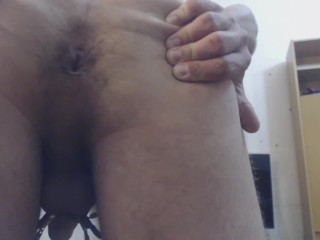 Muscle Solo Male Toy Masturbates