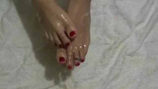 Hot Sexy Feets Cumshot Covered - Cumplay - Barefoot - Fetish
