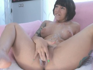 Messy Milky Facial and Creamy Squirt