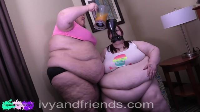 Fat porn feed - Ssbbw funnel feeds ssbbw friend fatter