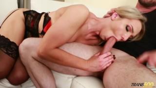 Sexy Shemale makes her Sunburned Boyfriend Feel Better