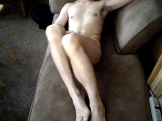 Husband Masturbates After Waking Up With Feet