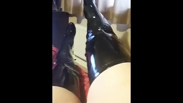 Streaming Gratis Video Nikita BOOTS