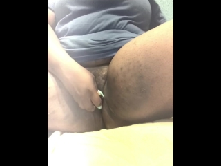 Jewyl-Masturbating my horny pussy
