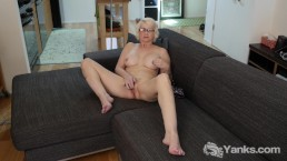 Yanks MILF Eden Marie Monroe Masturbating