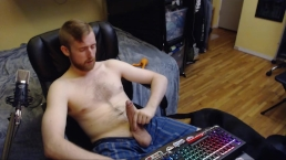 STUDENT WANKS HIS BIG UNCUT DICK. SEXY BEARDED CANADIAN GUY 24YR OLD NO CUM