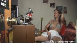 T-girl Nikki Montero webcam work and big cumshot