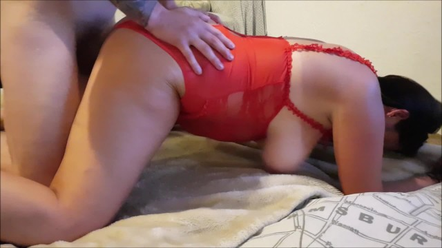 MILF wife swinging and made to squirt - really wet 15