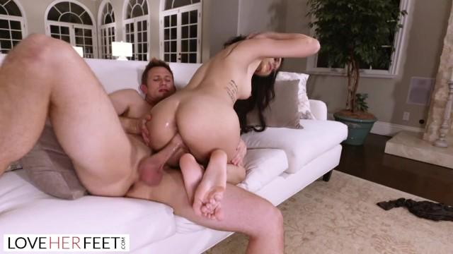 Innocent Foot Massage Turns Into Passionate Foot Sex -3677