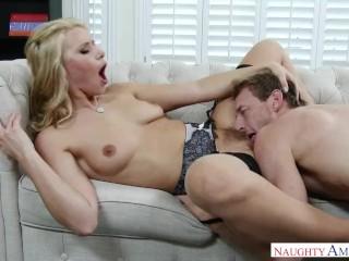jeune blonde anal