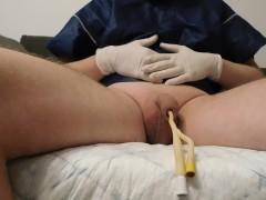 catheter emptying the bladder