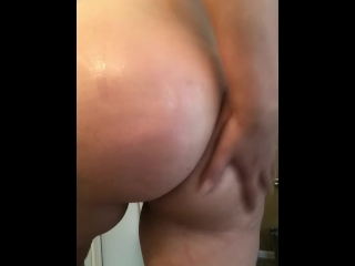 Pawg getting Ass all slippery
