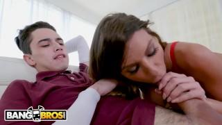 BANGBROS - Juan El Caballo Loco Catches His Stepmom Brooklyn Chase